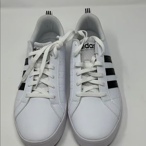 Adidas Women's Pace VS Sneaker Size 9.5 NWT